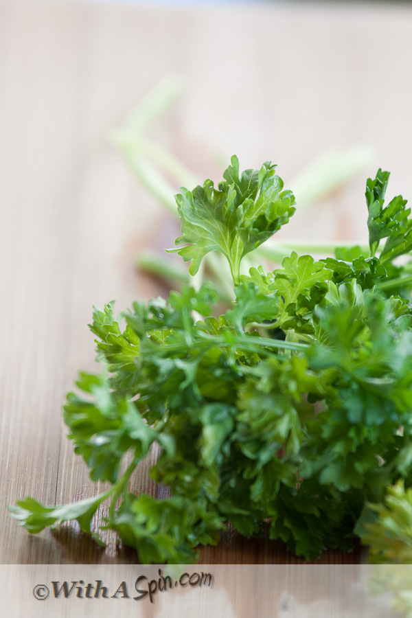 Kitchen tips - how to revive stale herbs | www.withaspin.com